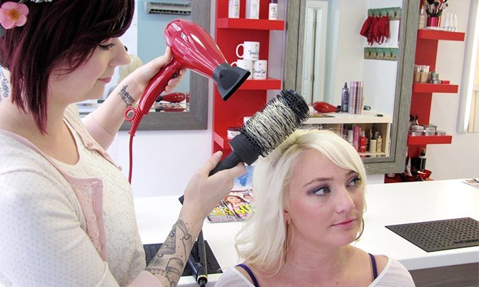 The Top 6 Blowout Hair Salons in Chicago