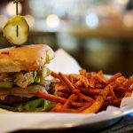 The Stretch Bar & Grill – Wrigleyville's Best Burger