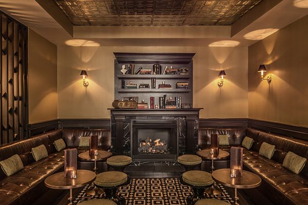 22 Bars And Restaurants With Fireplaces Chicago Warms Up At The