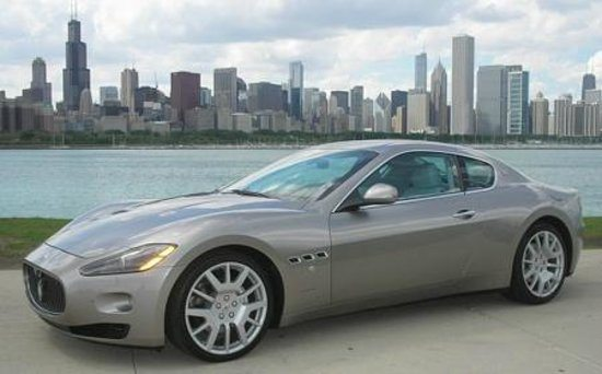 Top 5 High-End Chicago Car Rental Services