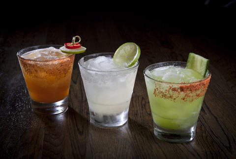 Best Margaritas Chicago Mixes Up – Top 10