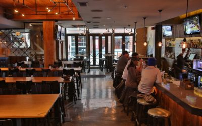 Municipal Bar + Dining Co. – River North's Affordable Sports Bar