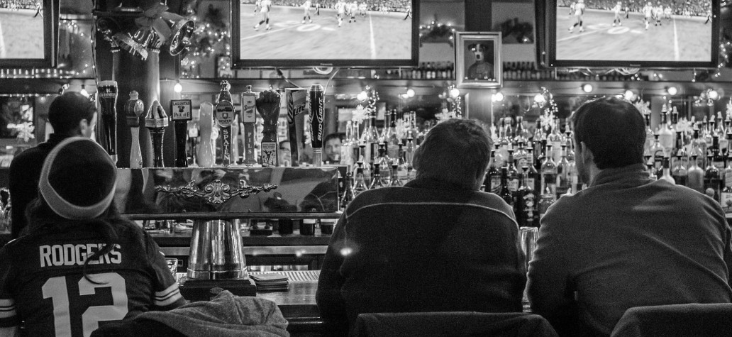 Find Your NFL Team At These Chicago Sports Bars
