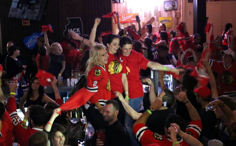 Top Five Chicago Bars to Watch the Stanley Cup Playoffs