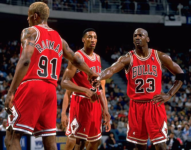 Top 10 Chicago Bulls Players Of All Time